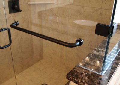 5-glass-shower-detail