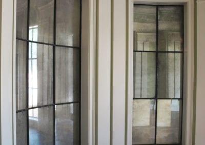 mirrored-panels